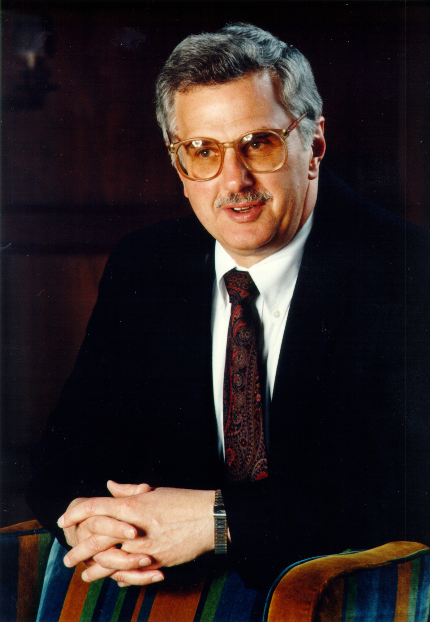 Dr bruce alberts president of the national academy of sciences